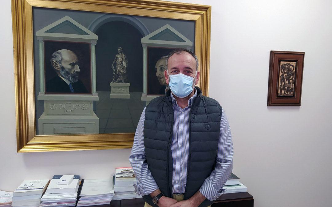 Carlos Molina, vuelve a repetir como presidente del Ilustre Colegio de Médicos de Cuenca